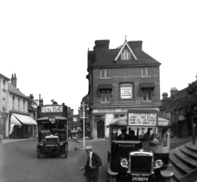 Double and Single Decker buses, High Street - c 1925